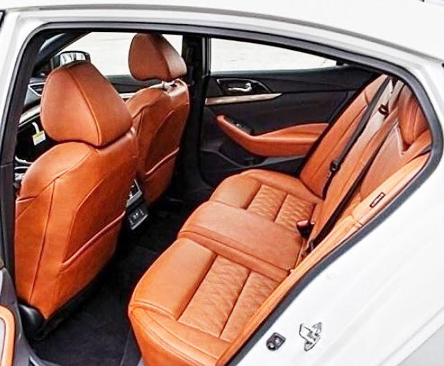 nissan-maxima-platinum-mid-interior