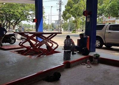 Về chúng tôi, nhà cung cấp cầu nâng ô tô hàng đầu Việt Nam