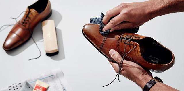sepatu sneaker kulit asli branded