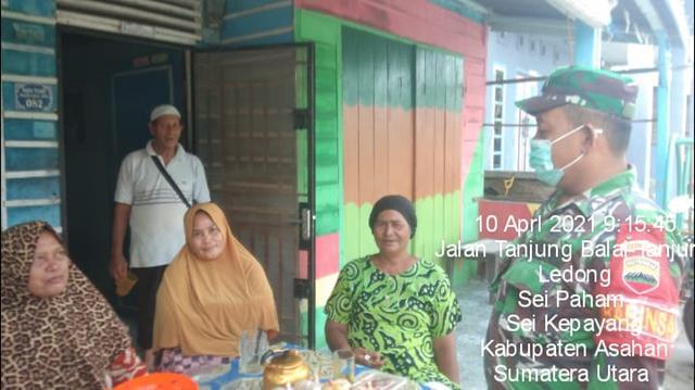 Jaga Kedekatan Dengan Masyarakat, Personel Jajaran Kodim 0208/Asahan Dengan Cara Melalui Komsos