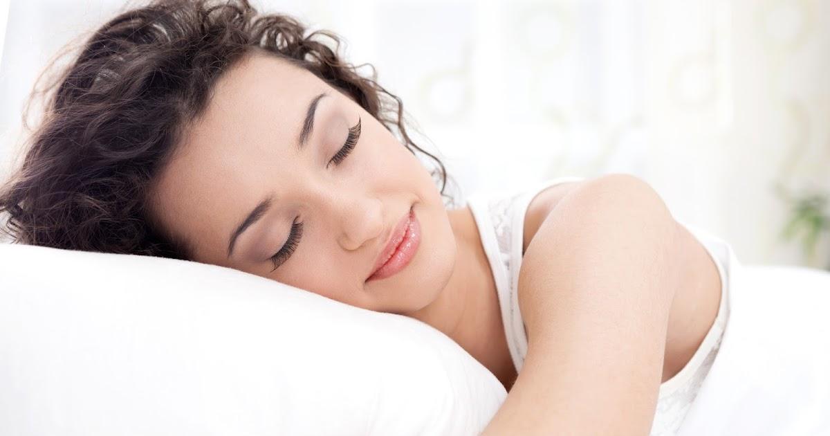 Замужних фото спящие женщины фото