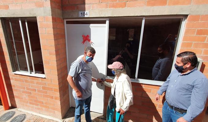 Fondo Adaptación reubicó a cinco familias en nuevas viviendas en el municipio de Susacón