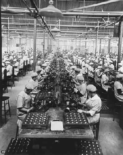 Fábricas con mujeres, Primera Guerrra Mundial.