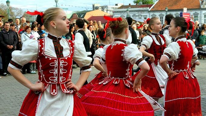 Alkotmányosnak találták az ukrán nyelvtörvényt