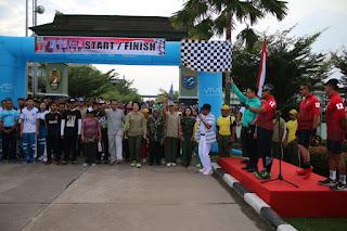 Ribuan Peserta Ikuti Fun Bike dan Jalan Sehat HUT Ke-74 TNI di Kodam XII/Tpr