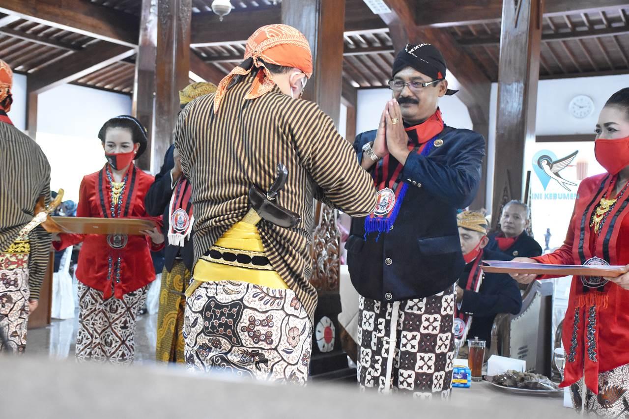 Permadani Kebumen Wisuda 19 Pembawa Acara Bahasa Jawa