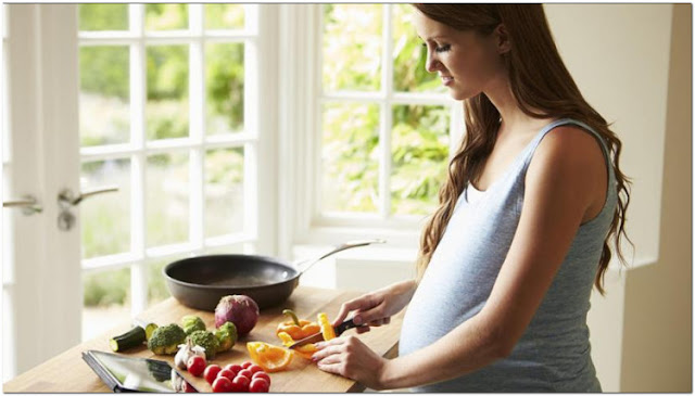 women feel the need to eat more during their pregnancy