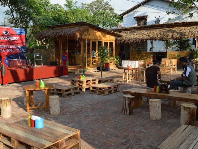 5 Rekomendasi Tempat Nongkrong Café Outdoor dan Indoor di Jakarta