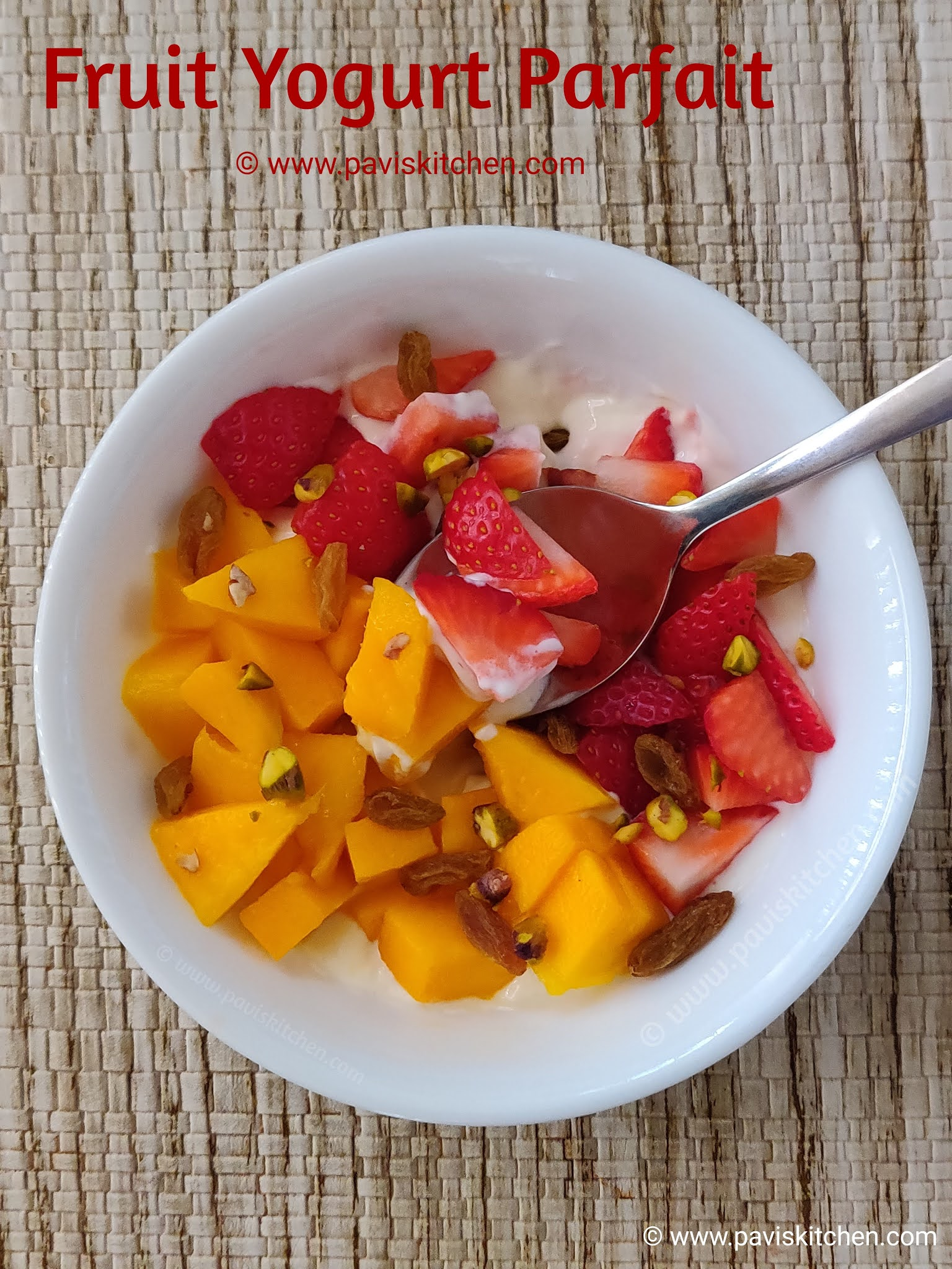 Fruit and yogurt parfait | Indian yogurt parfait | healthy parfait recipe