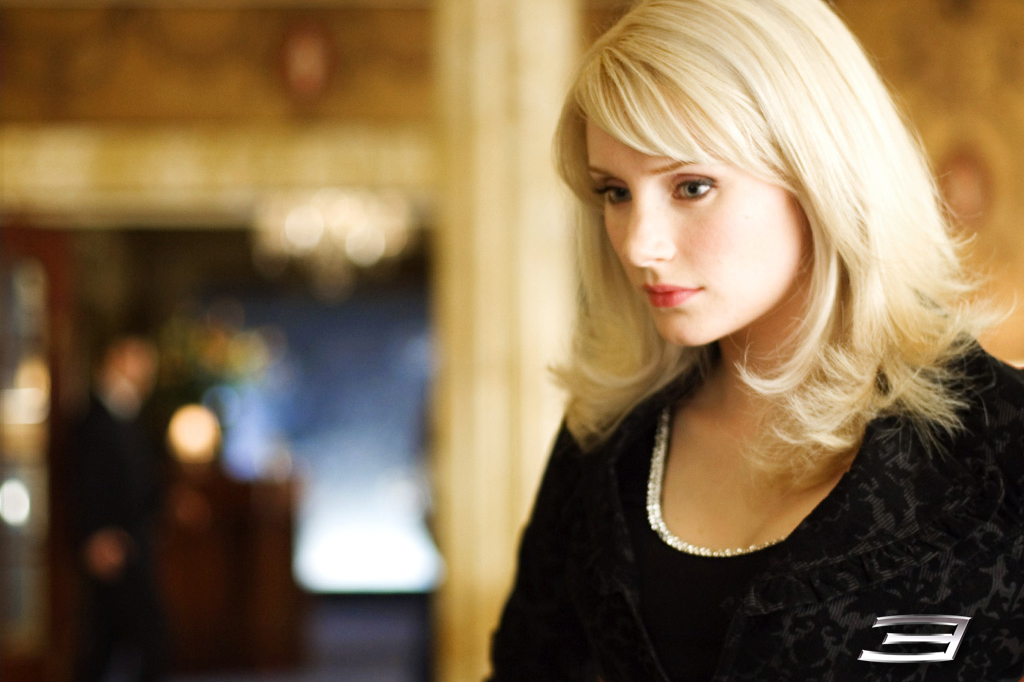 Artis cantik pacar Spider Man Bryce Dallas Howard jadi Gwen Stacy ciuman