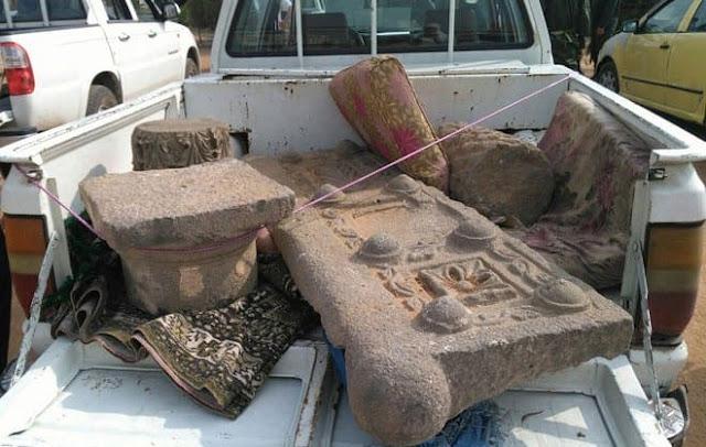 بالفيديو إحباط محاولة تهريب قطع أثرية من ريف درعا إلى الأردن.