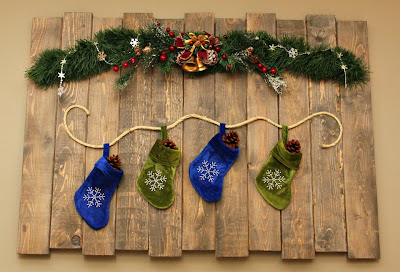 Scrap wood wall hanging - stockings - Christmas - Turtles and Tails blog