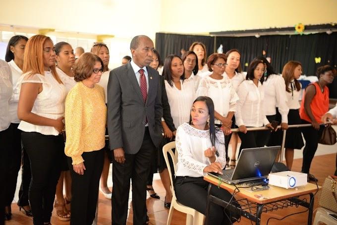 Inafocam trabaja para integrar maestros al proceso de innovación de la sociedad dominicana