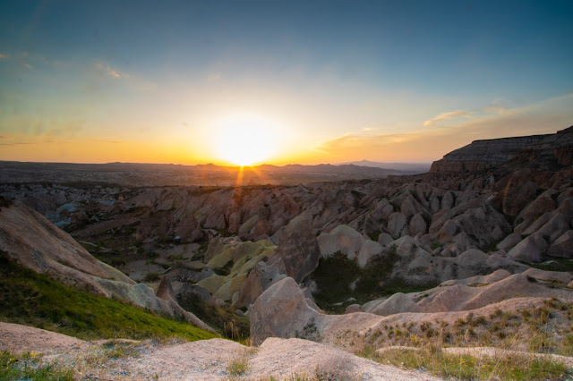 Kizilgukur seyir tepesi-Red/rose valley-Cappadocia
