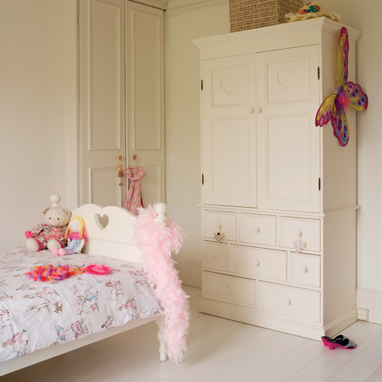 Girly Bedroom Accessories: New Home Interior Design: Girls' Bedrooms