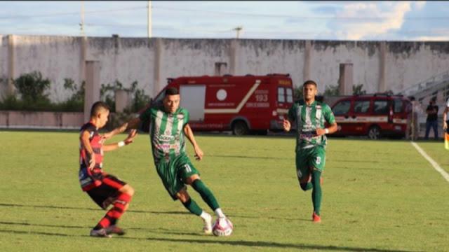 Campinense vence Sousa e abre vantagem na disputa do título estadual