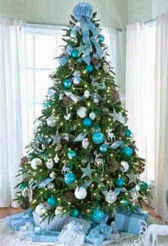 Blue And Silver Christmas Tree Decorations Ideas