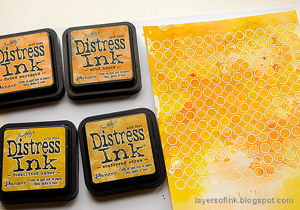 Layers of ink - Autumn Blooms Card Tutorial by Anna-Karin Evaldsson. Color with Distress Ink.
