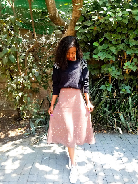 How To Wear A Midi Skirt With Sneakers