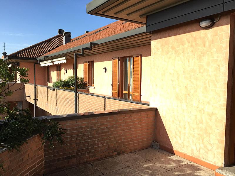 I terrazzi attico seregno for Terrazzi arredati