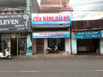 hinh-anh-cua-hang-vai-ky-long-khanh2