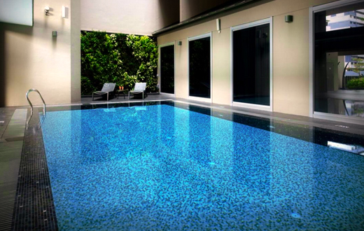 V Hotel Bencoolen Singapore adalah hotel di Bugis dekat stasiun MRT.