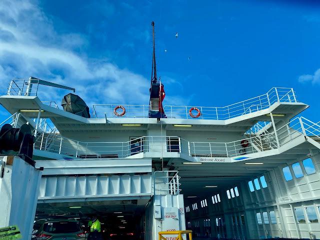 boarding sea ferry Sorrento to Queenscliff