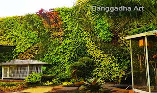 https://www.tianggadha.com/2020/12/tukang-taman-vertikal-dan-jasa-vertical.html
