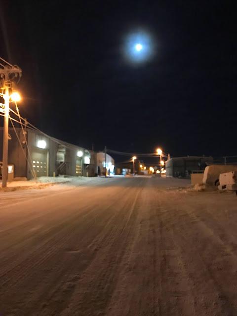 Utqiaġvik polar night in Barrow in late December (c) 2020 Supratim Sanyal