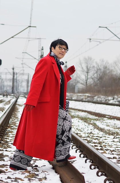 Black and white style, winter style, Black and white Fashion, Red long coat