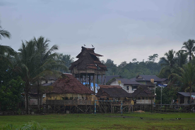 Balug dan Kampung Sebujit