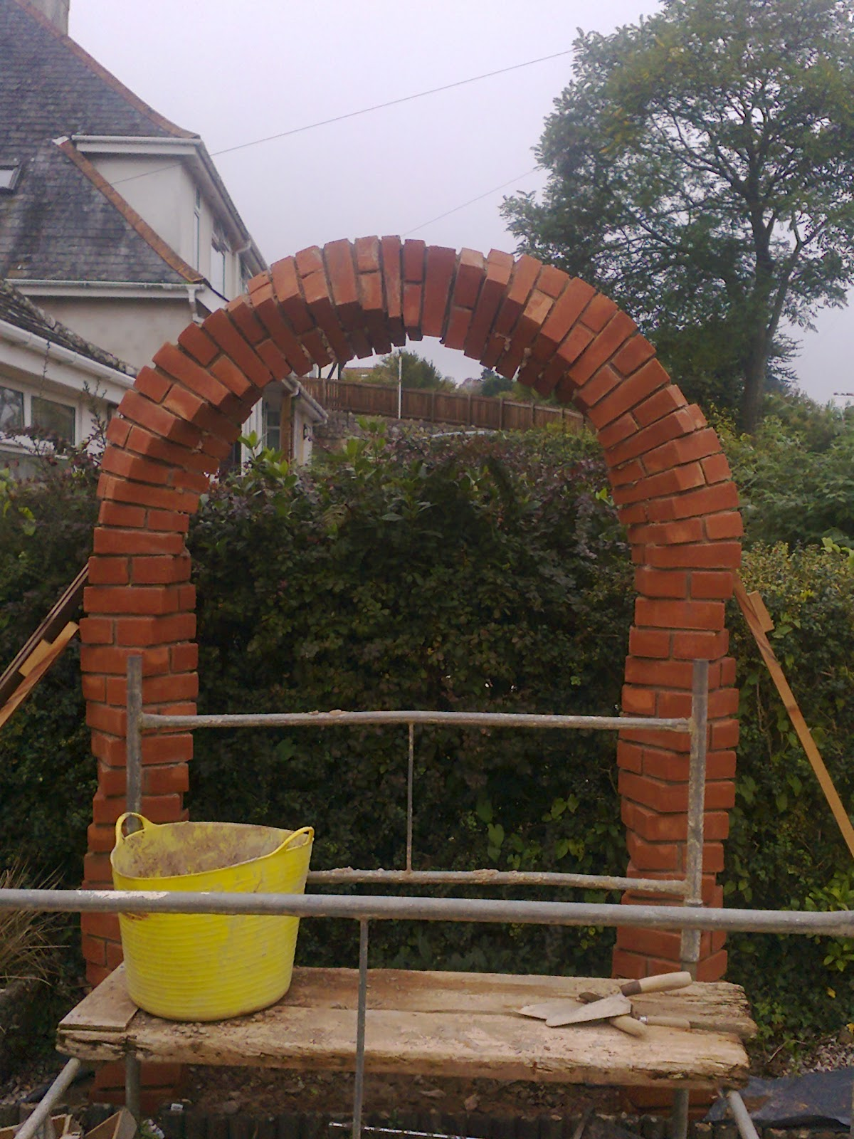 Robert Forsyth 3d Creations Twisted Arch