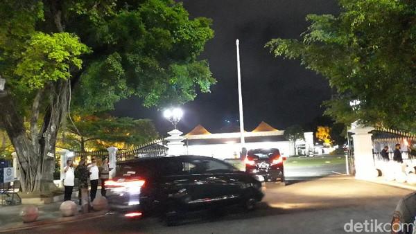 Usai Ziarah ke Makam Orang Tua, Malam Ini Jokowi Menginap di Yogya
