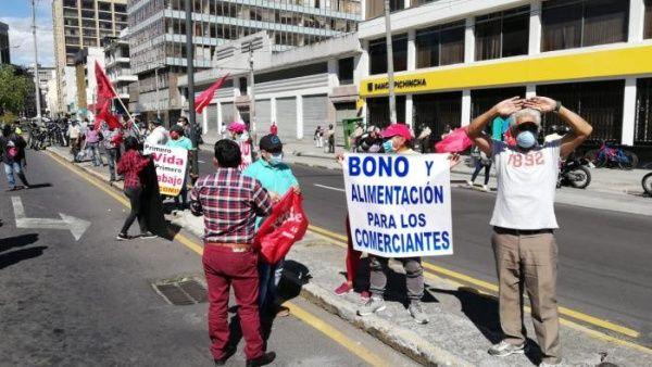 Reclaman al FMI hacer cambios en su política hacia Ecuador