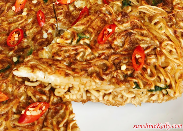 Recipe: Crispy Instant Noodle Pancake During Movement Control Order, Recipe, Crispy Instant Noodle Pancake, Movement Control Order, Lockdown Recipe, Food