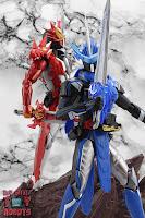 S.H. Figuarts Kamen Rider Blades Lion Senki 51