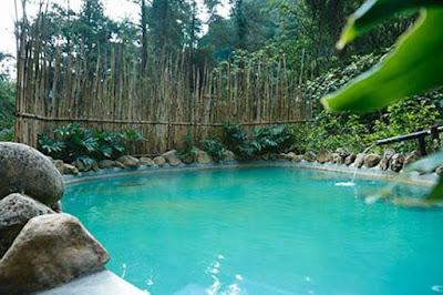 Wisata Pemandian Air Panas di Bandung