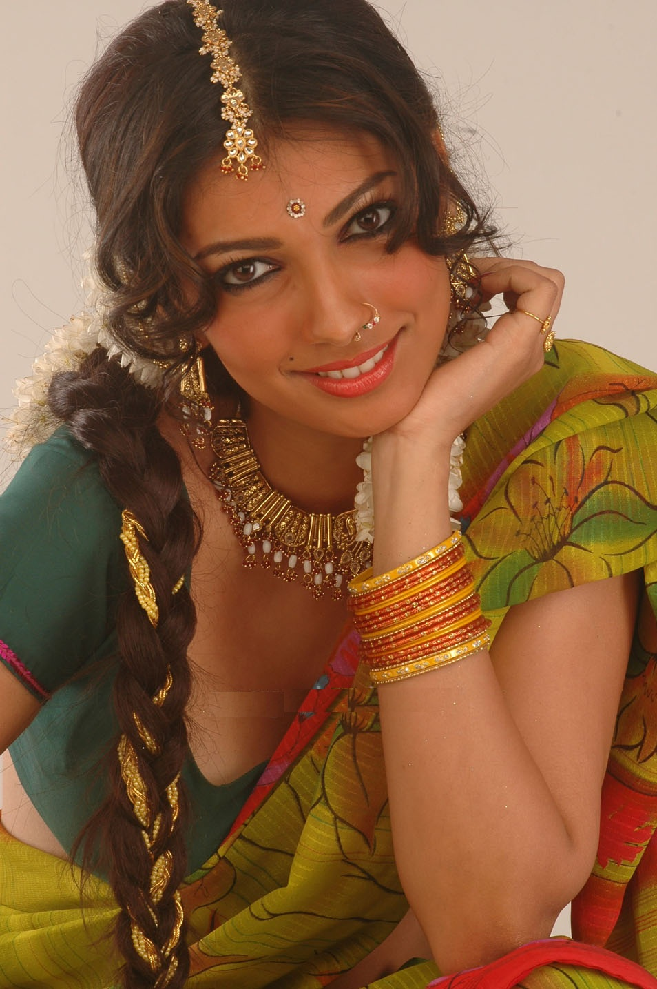 Tollywood Actresses Yukta Mookhey Unseen Hot Stills In -3424