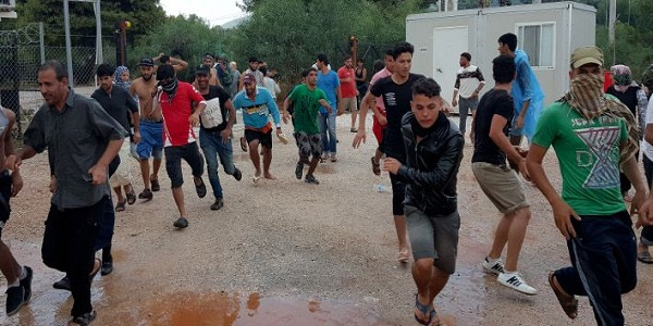 Το ξέσπασμα της βίας! Άγριες συμπλοκές μεταξύ μεταναστών στη Μαλακάσα – Έδειραν μέχρι θανάτου έναν Σύρο