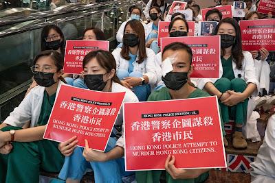 Staff Medis Hongkong Berdemo