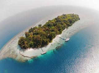 http://www.teluklove.com/2017/04/destinasti-objek-wisata-pulau-genteng.html