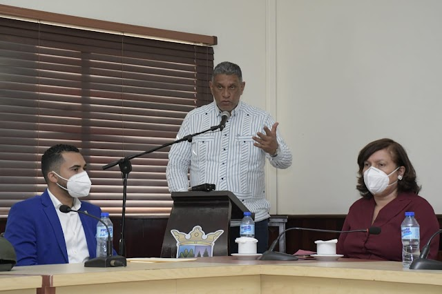 Ministro de Interior junto a la Policía Nacional y la DNCD trabajarán en la protección de Jarabacoa. Activan Estrategia Integral de Seguridad Ciudadana junto a dirigentes de organizaciones representativas del municipio.