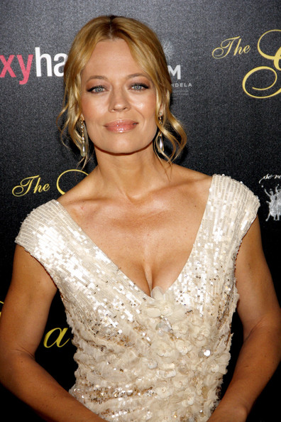 Jeri Ryan Sexy Photos