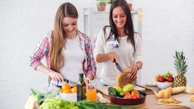 Χρόνια Φλεγμονή: Έξι τρόφιμα που την καταπολεμούν και πέντε που την επιδεινώνουν – Επιλέξτε έξυπνα