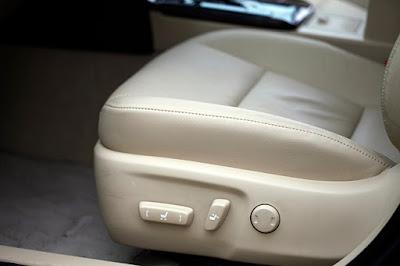 chỉnh ghế điện trên ghế