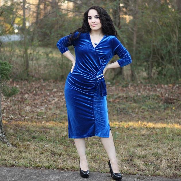 Rosewe Blue Velvet Dress