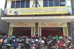 Nyobain Geprek Bensu Lampung, Enak Gak Ya?
