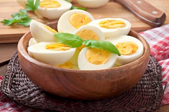 Eggs in food diet