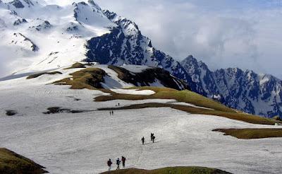 Indrahar Pass trekking destination