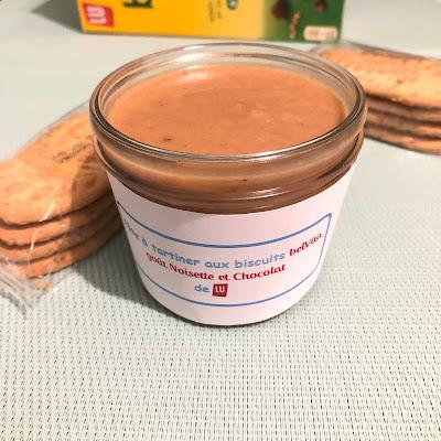 Pâte à tartiner aux biscuits Belvita petit-déjeuner goût noisette et chocolat de LU